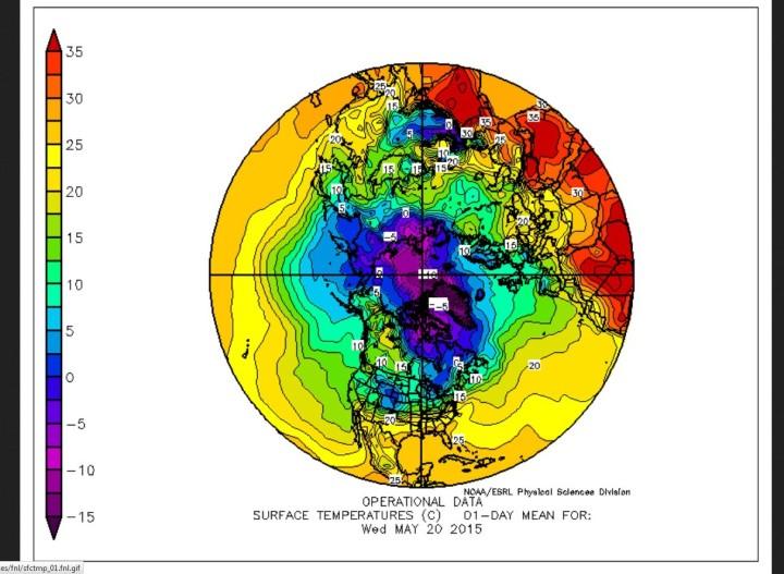 Eisige Arktis nördlich 80°N am 20.5.2015