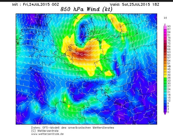 GFS-Prognose für Samstag, 25.7.2015 mit frühherbstlichem Orkan in 850 hPa (ca. 1500m) über Deutschland. Quelle: