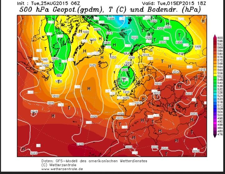 GFS-Prognose vom 25.8.2015 für den 1.9.2015 mit herbstlich kaltem Tief über der Nordsee, auf dessen Rückseite herbstlich kühle Luftmassen herangeführt werden. Quelle:
