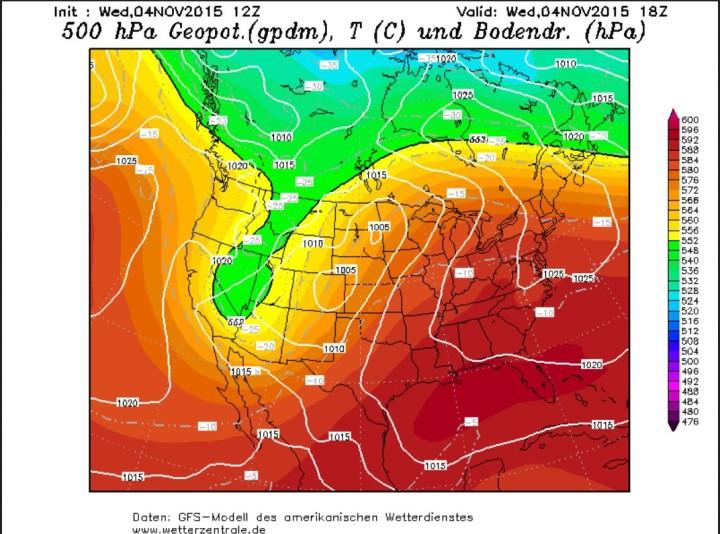 Die GFS-Prognose vom 4.11.2015, 12.00 Uhr zeigt einen weit nach Süden reichenden schmalen kalten Höhentrog (grüne Farben) über den westlichen USA, der in höheren Lagen um 2000m in Arizona und Mexiko ungewöhnlich frühe Schneefälle auslöst. Quelle:
