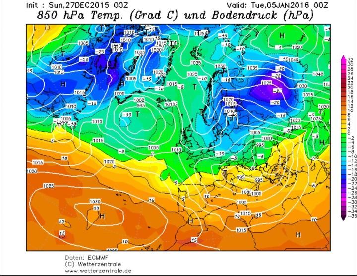 ESMWF-Prognose der 850 hPa-Temperaturen (1500 m) vom 27.12.2015 für den 4./5.1.2016. Um ein kräftiges Hochdruckgebiet über Nordrussland wird russische Kaltluft nach Mitteleuropa und Skandinavien gesteuert. Quelle: