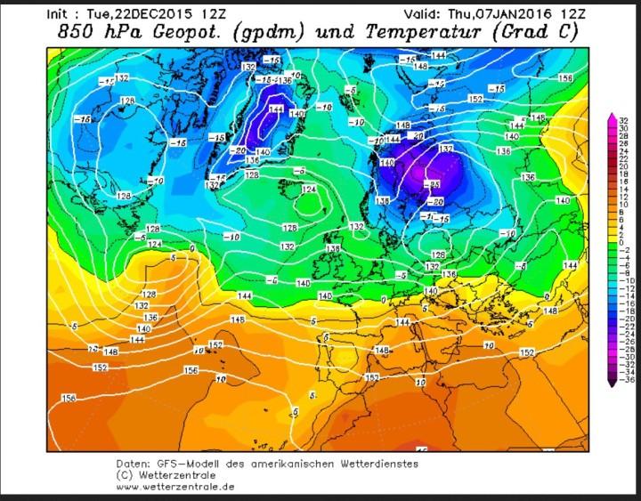GFS-Prognose vom 22. Dezember der 850 hPa-Temperaturen ( 1500 m) für den 7. Janaur 2016. Ein Geboet mit eisigen Temperauren um -25°C hat sich von Sibirien auf den Weg nach Westen gemacht und liegt über Skandinavien. Quelle:
