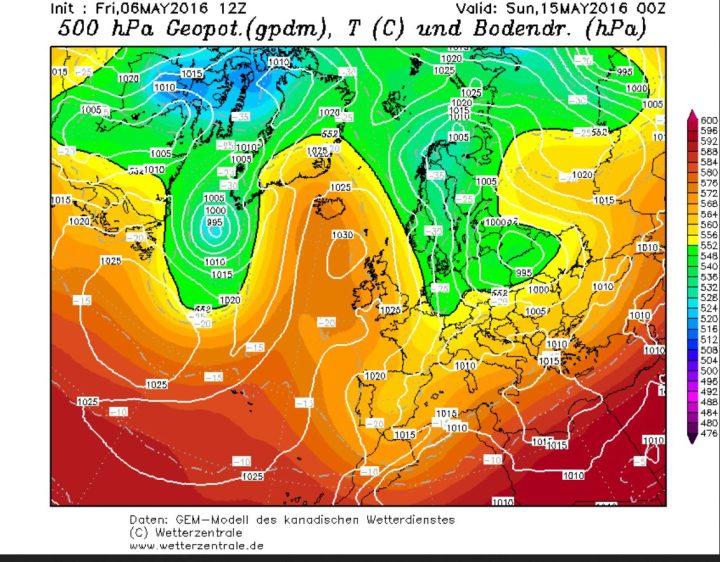 GFM-Prognose vom 6.5.2016 für die Bodenwetterkarte am 15.5.2016. Zwischen einem kräftigen Tiefkomplex über Osteuropa und Skandinavien und hohem Druck über dem Nordatlantik und dem Nordmeer werden in breitem Strom hochreichende kalte und feuchte arktische Luftmassen nach West- und Mitteleuropa geführt. Eisheiligenwetter...Quelle: http://www.wetterzentrale.de/topkarten/fsecmeur.html