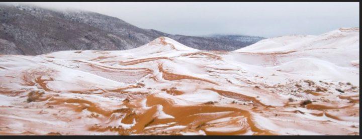 Weiße Flocken, roter Sand - in der algerischen Sahara ist der Winter eingebrochen. Zum ersten Mal seit fast 40 Jahren hat es in dieser Region der Wüste geschneit. Quelle: