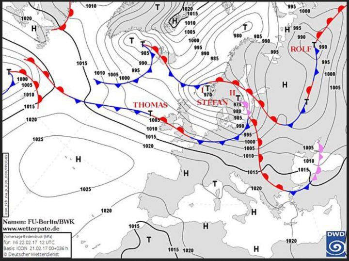 Die DWD/ICON-Prognose vom 21.2. für Luftdruck und Fronten am 22.2.2017: Hinter Sturmtief